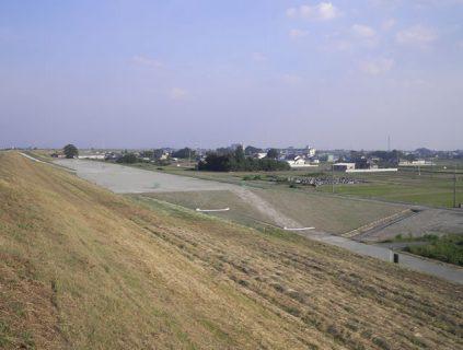 H23中渡堤防強化工事