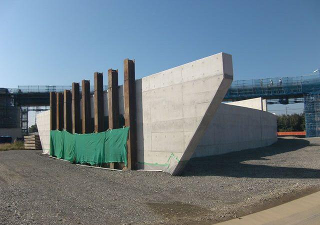 H24・25圏央道桶川インター改良その2工事