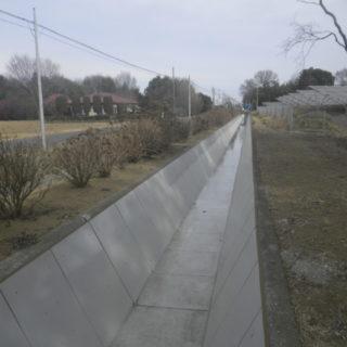 荒川中部農業水利事業 左幹線水路補修その3工事